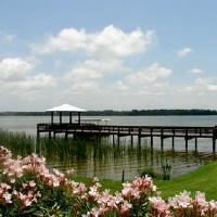 Lake Seminole Square