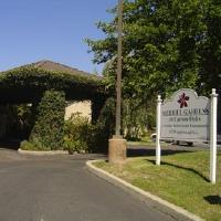 Merrill Gardens at Carson Oaks